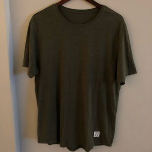 Five Four basic olive green tee L